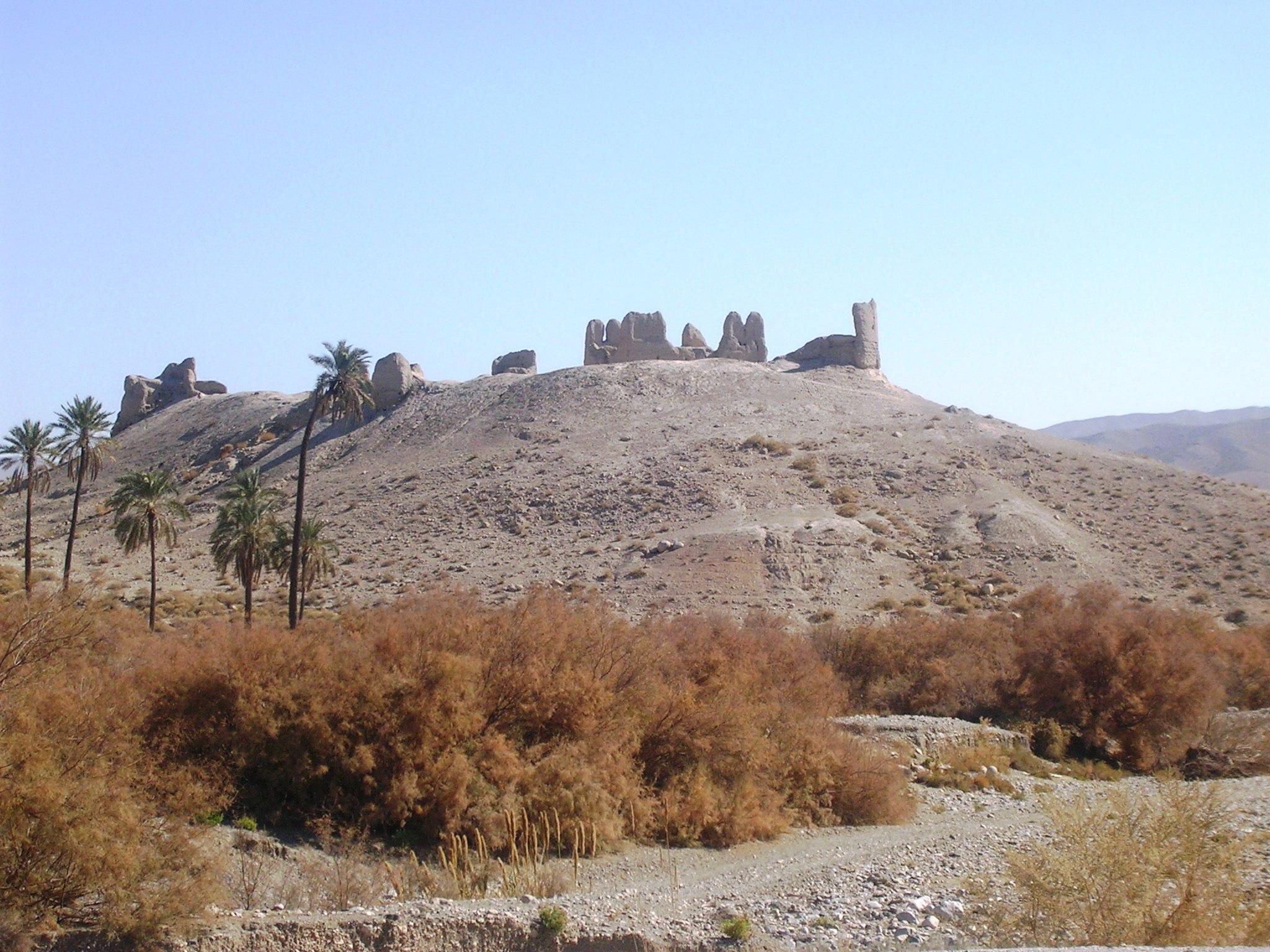 قلعه علی خان نصیرخان حاجی آباد