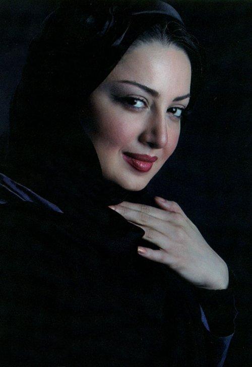 http://s2.picofile.com/file/7121874080/shila_khodadad1_farbehar_blogsky_com.jpg