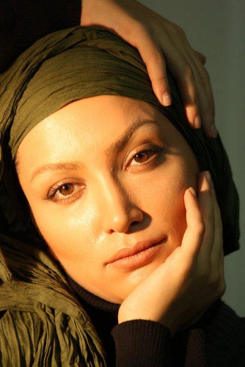 http://s2.picofile.com/file/7124788923/ronak3_farbehar.jpg