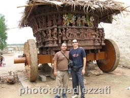 من و ایمان نزدیک کالسکه 2008 میلادی