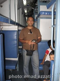 خودم در هنگام سوار شدن به قطار