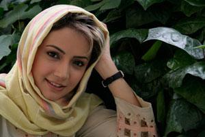 http://s2.picofile.com/file/7127760963/sabname_gholi_khani_farbeha.jpg