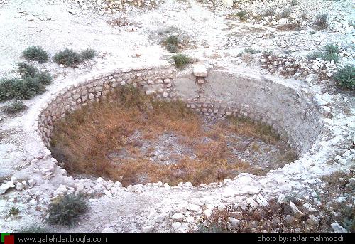 حوضچه قبرستان نودان بهرستان