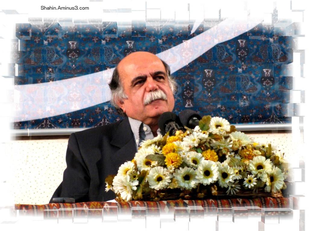 دکتر کزازی 7/7/90 عکس از شاهین بهره مند