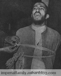 نواب صفوی در حال اذان گفتن دقایقی قبل از اجرای حکم اعدام