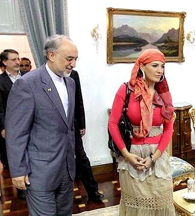 خانم بد حجاب و آقای وزیر