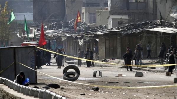 نمایشگاه عکس: حمله انتحاری به مراسم عاشورا در کابل
