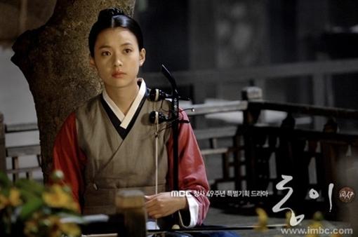 خرید سریال کره ای تاریخی دانگ یی - Dong Yi