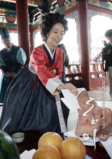 عکس شخصی بازیگران دونگ یی