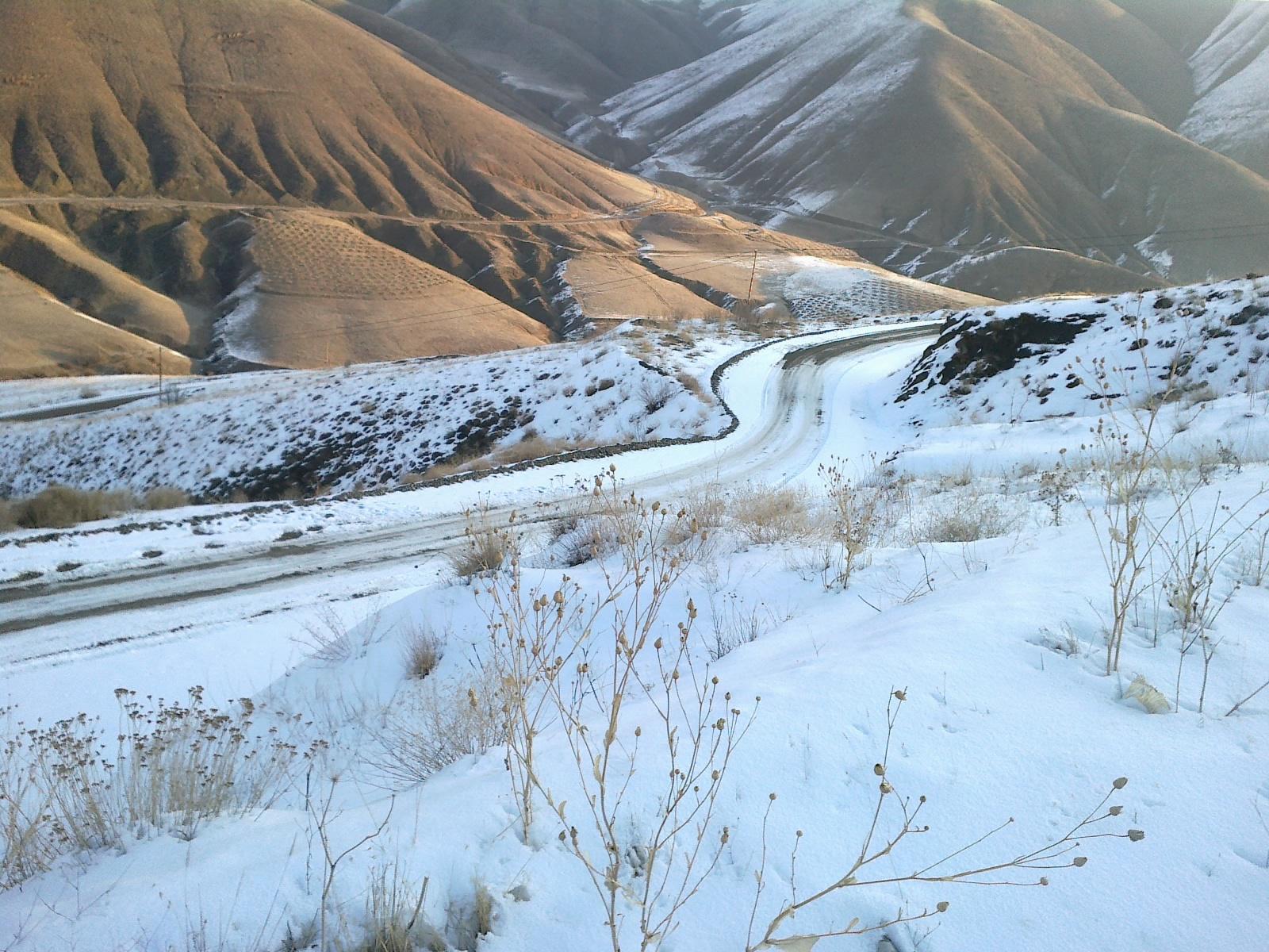 جاده روستاي تيل     زمستان 1390