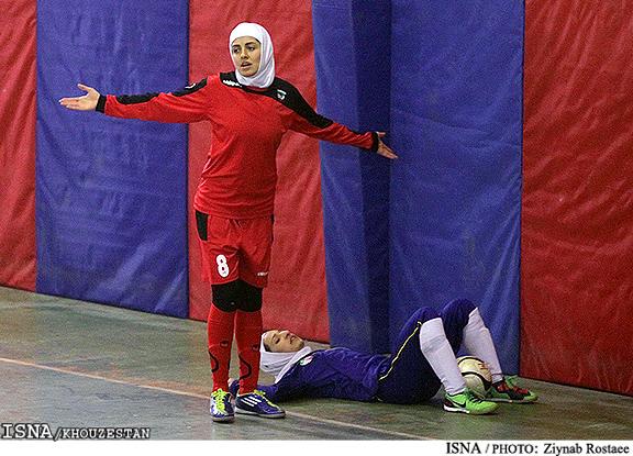تصاویر مسابقه فوتسال بانوان ایران   Rojpix.Com
