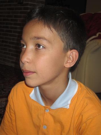 چشم از تی وی بر نمیدارم:ی