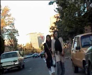 فقر و فحشا مستندی از خود فروشی دختران، کاری از مسعود ده نمکی