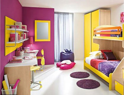 http://s2.picofile.com/file/7327288709/yellow_purplebedroom.jpg