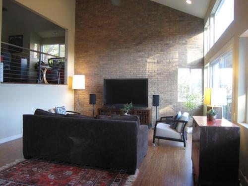 http://s2.picofile.com/file/7340234408/DP_dennis_living_room_brick_fireplace_s4x3_lg.jpg