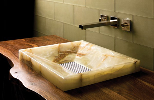 http://s2.picofile.com/file/7341926234/copper_sink_wall_e1306003333433.jpg