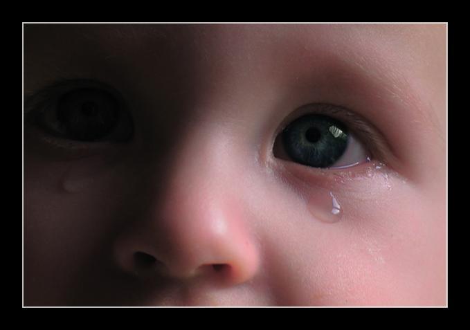 عکس بچه چشم ابرو مشکی