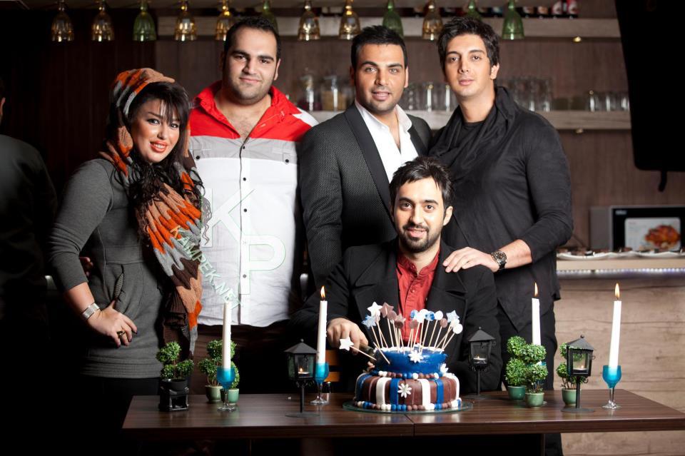 عکس جدید بهداد سلمی و همسرش در کنار خوانندگان