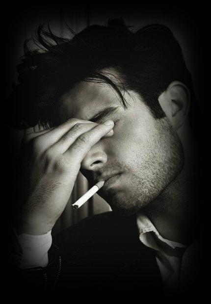قالب وبلاگ پسرونه سیگار و غم