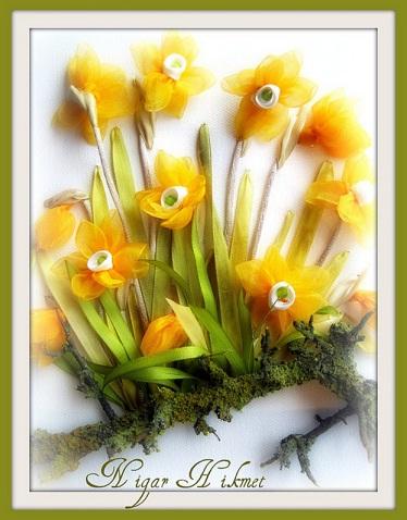 گل های نرگس