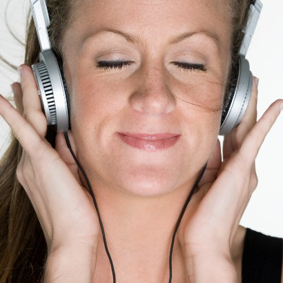 گوش دادن به موسیقی در آرامش