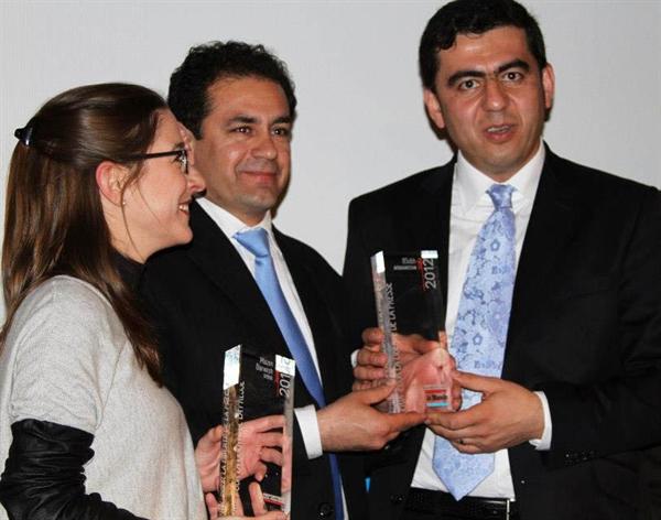 جایزه روزنامه نگاران بدون مرز، روزنامه 8 صبح افغانستان، جایزه بین المللی ازادی اطلاع رسانی، 2012، افغانستان، پاریس، سنجر سهیل،