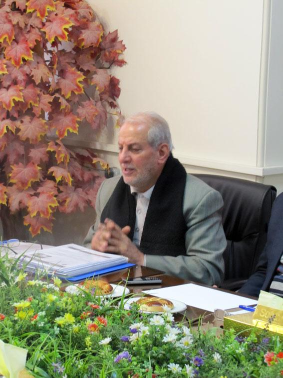 حاج محمدرضا رضائی در جلسه ستادبشردوستانه منطقه 7 کمیسیون در امدادرسانی به مناطق زلزله زده در اداره کل دادگستری آذربایجان شرقی