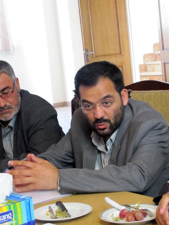 دکتر مسعود محمدیان در جلسه ستادبشردوستانه منطقه 7 کمیسیون در امدادرسانی به مناطق زلزله زده در روزنامه مهد آزادی