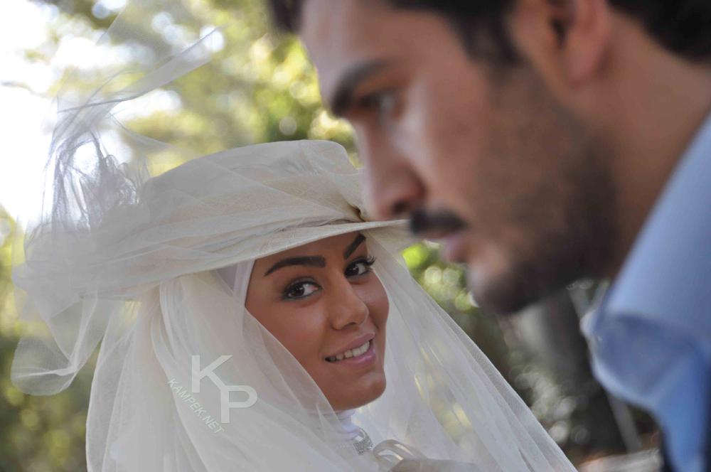عکس سحر قریشی با لباس عروس