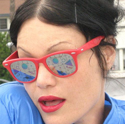 خرید عینک ریبن ویفری با کیف ریبن | فریم قرمز