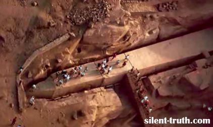 اهرام مصر و موجودات فضایی