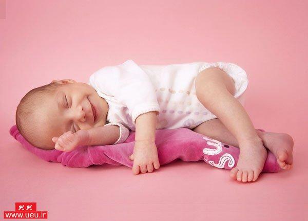http://s2.picofile.com/file/7621161612/boy_baby.jpg