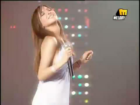 دانلود ویدیو اجرای آهنگ الدنیا حلوه نانسی عجرم Nancy Ajram Donya helva