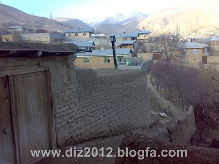 http://s2.picofile.com/file/7673972254/20131122412.jpg