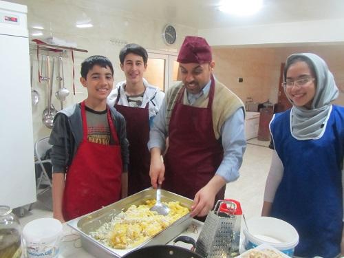 شیرینی حرفه فن دوم راهنمایی مدرسه ثامن الائمه آلماتی قزاقستان - کارعملی حرفه فن