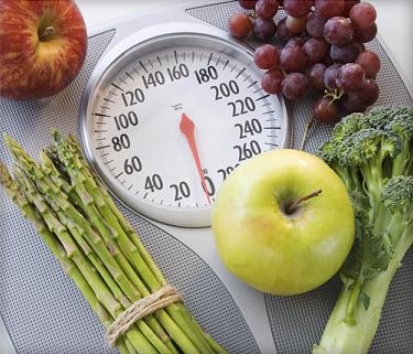 چه غذاهایی و چه مقدار کالری مصرف کنیم تا لاغر شویم