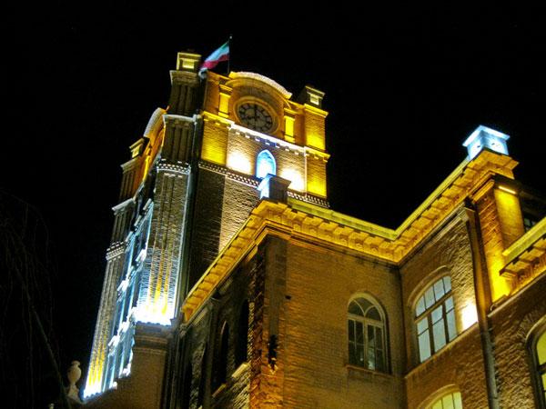 http://s2.picofile.com/file/7685787953/saat_qabaqi.jpg