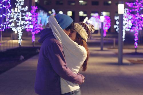 http://s2.picofile.com/file/7691498060/boy_girl_kiss_love_Favim_com_653775.jpg
