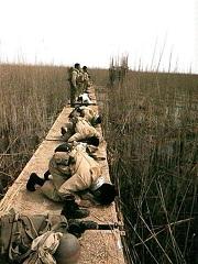 نماز رزمندگان قبل از آغاز عملیات