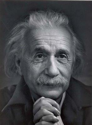 آلبرت انیشتین