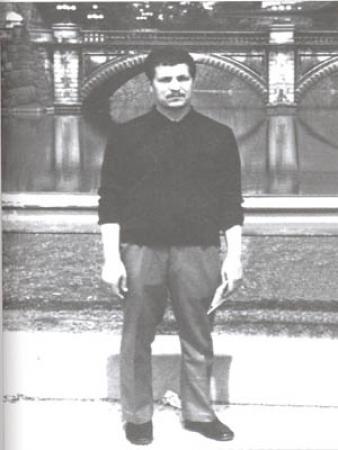 بچه های دیروز اکبر هاشمی رفسنجانی-اکبر هاشمی بهرمانی معروف به رفسنجانی دبیر رئیس مجمع تشخیص مصلحت نظام-بچه های پریروز رفسنجان قدیمی قبل انقلاب