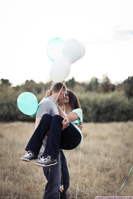 http://s2.picofile.com/file/7830042789/cute_couple_boy_lift_girl_beautiful_lovers.jpg