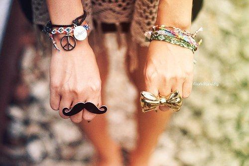 http://s2.picofile.com/file/7848648274/believe_bracelet_bracelets.jpg