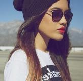 http://s2.picofile.com/file/7854327197/www_lady_3d_blogfa_com_sunglasses.jpg