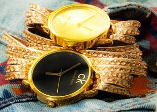 خرید ساعت مچی زنانه نگین دار رنگ طلایی