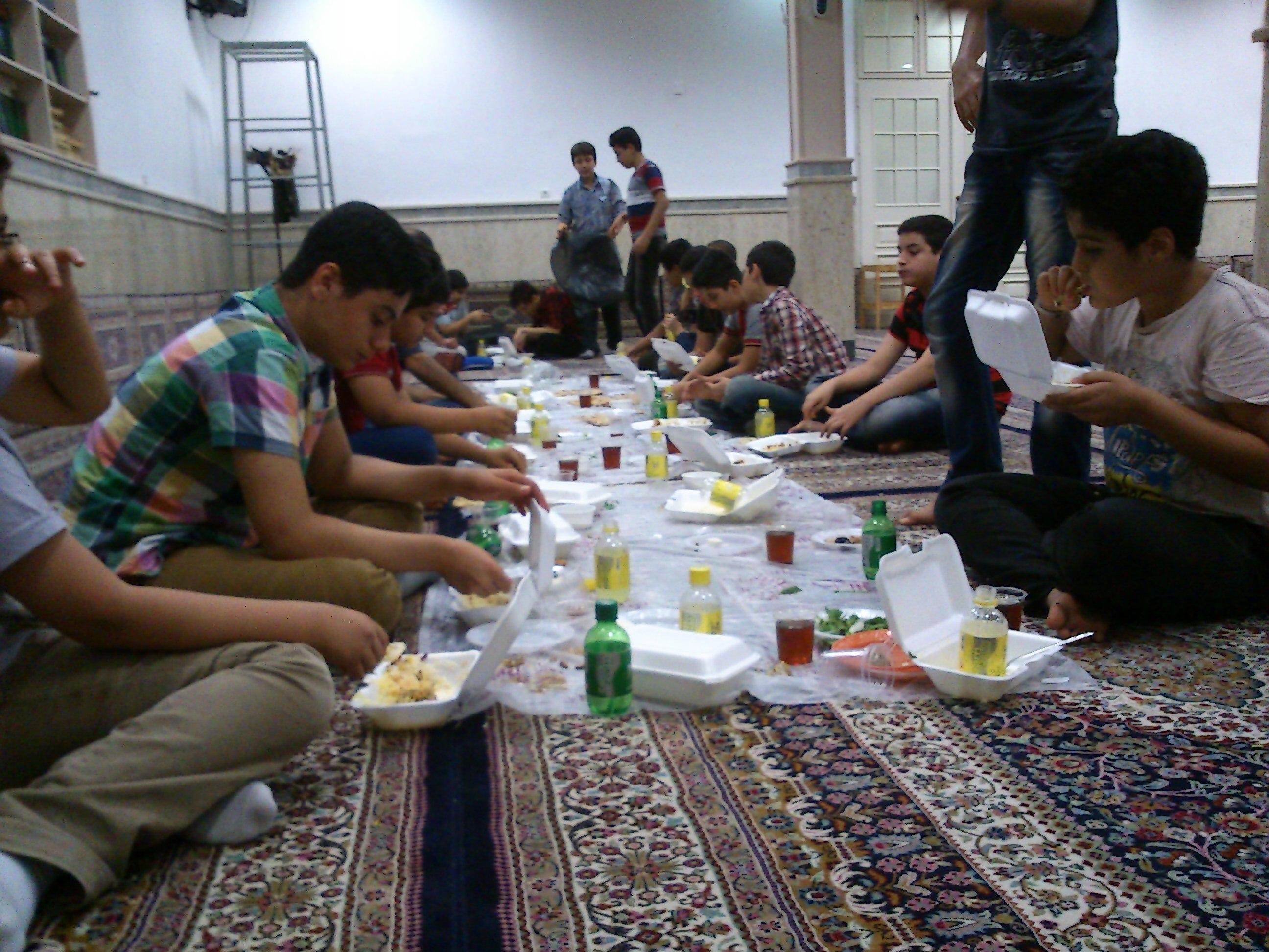 مراسم افطاری- شام!
