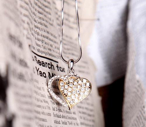 گردنبند نگین دار دو قلب