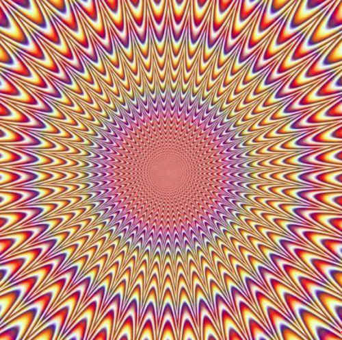 http://s2.picofile.com/file/7917609993/Best_illusions_for.jpg