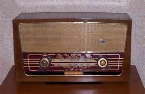 رادیو قدیمی پارس