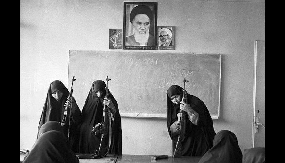 خواهران در دفاع مقدس